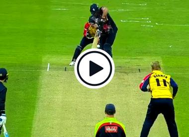 Watch: Contentious lbw decision denies Simon Harmer a T20 Blast hat-trick