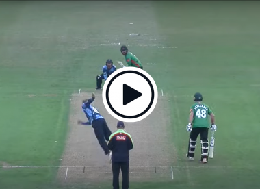 Watch: Joe Root unveils off-spin bouncer variation in T20 Blast, gets smashed for four anyway