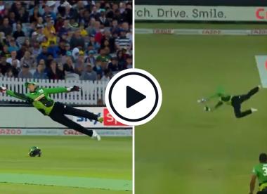 Watch: Quinton de Kock takes diving one-handed stunner to intercept scoop in Hundred clash
