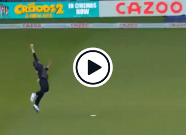 Watch: Matt Parkinson adds another stunner to his summer, takes ridiculous one-handed catch in The Hundred